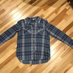 American Eagle Outfitters Tops - Lightweight plaid button down shirt